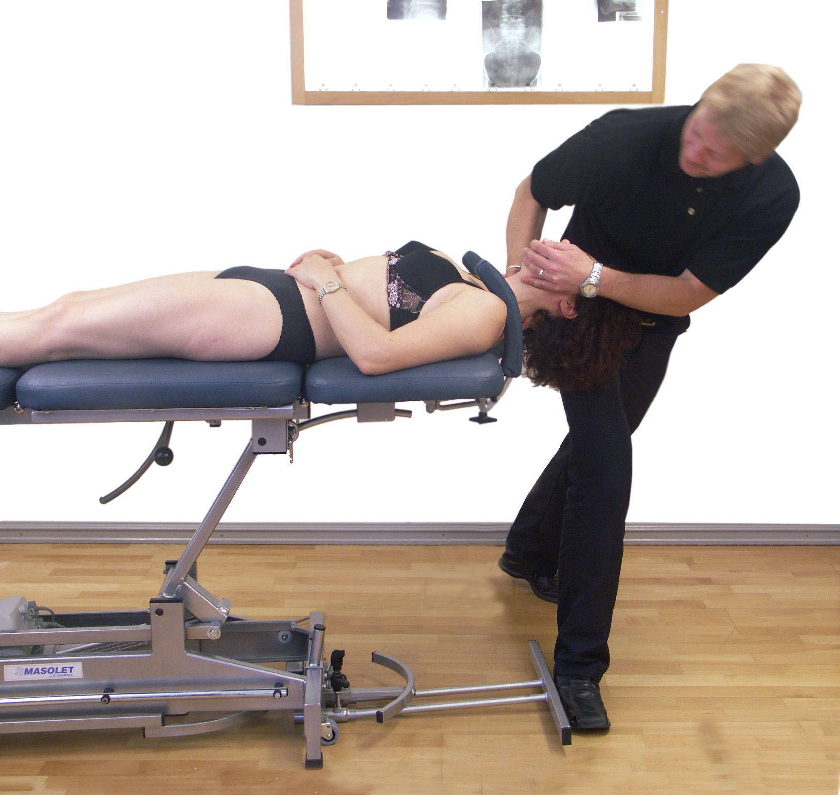 Side flexion manipulation
